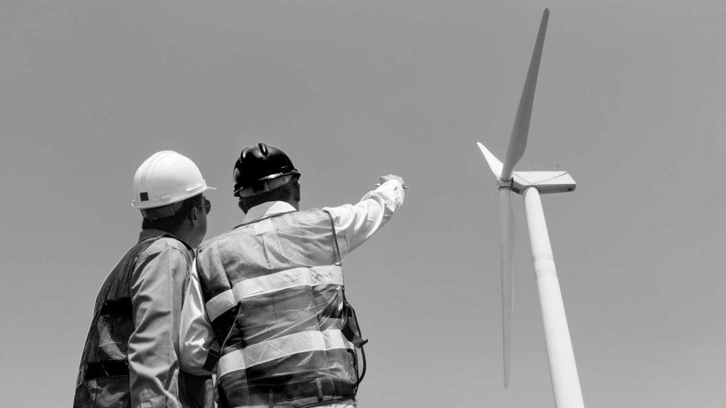 Inspektion av vindkraftverk med drönare UAS. Hudik Flygfoto.